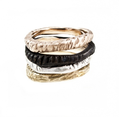 Fondali rings