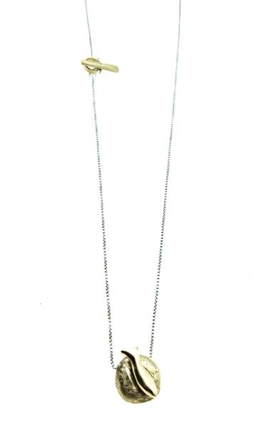 Stone fish chain