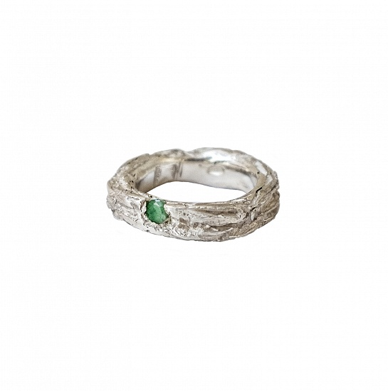 Mito Bands-A - € 195  In stock ready for shipment We currently have the ring pictured in stock in a size ITA size 15-US size 71/2 -UK size O1/2-Diameter mm.17,5 But this ring can be adjusted or ordered to size    DETAILS  Emerald 925 Sterling Silver High Polished Finish Nickel-free Handmade Engraved with Patrizia Casamirra Jewels Logo