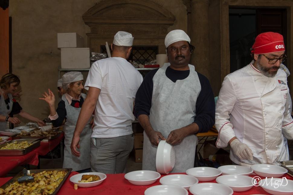 Cucine_Popolari_Bologna_1_Maggio_De_Siena_Mariagrazia_62.jpg