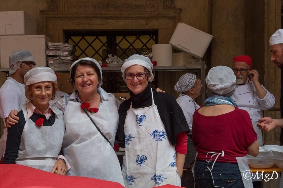 Cucine_Popolari_Bologna_1_Maggio_De_Siena_Mariagrazia_1.jpg