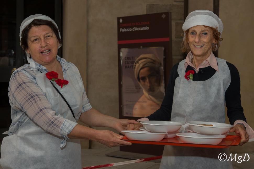 Cucine_Popolari_Bologna_1_Maggio_De_Siena_Mariagrazia_14.jpg
