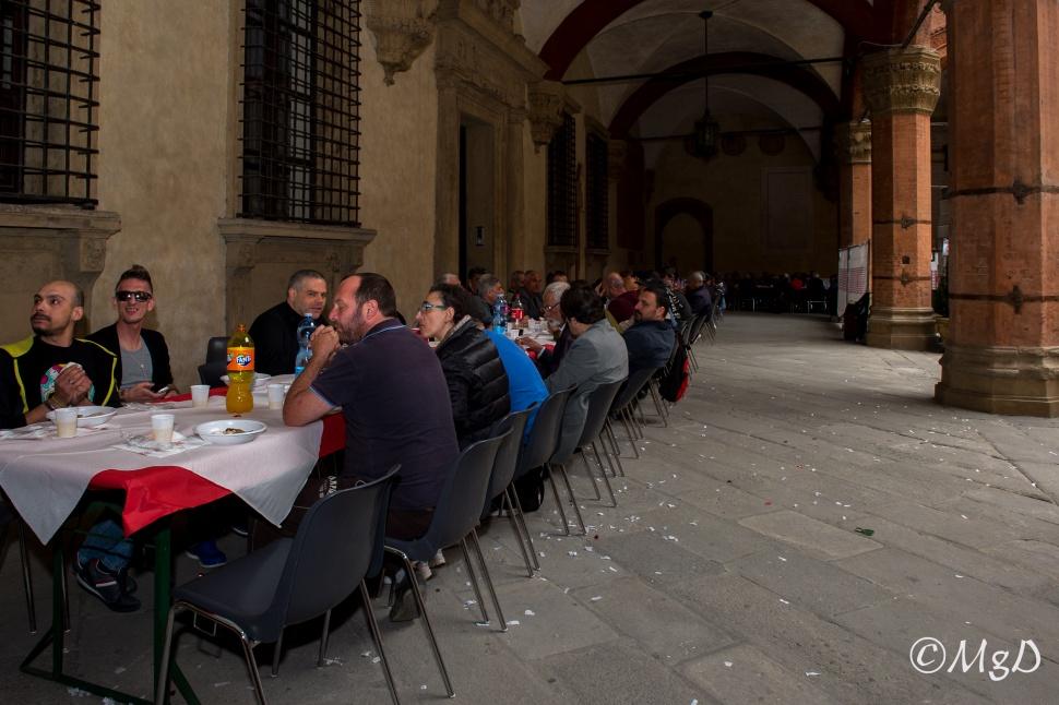 Cucine_Popolari_Bologna_1_Maggio_De_Siena_Mariagrazia_25.jpg