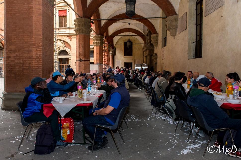 Cucine_Popolari_Bologna_1_Maggio_De_Siena_Mariagrazia_29.jpg